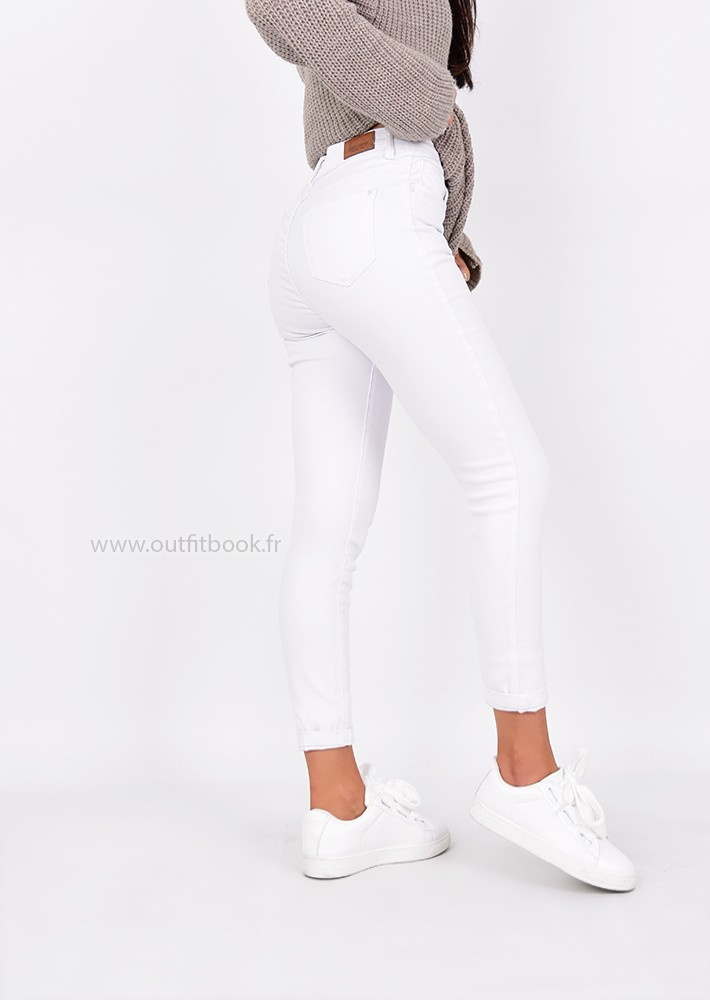 jean skinny taille haute blanc outfitbook. Black Bedroom Furniture Sets. Home Design Ideas