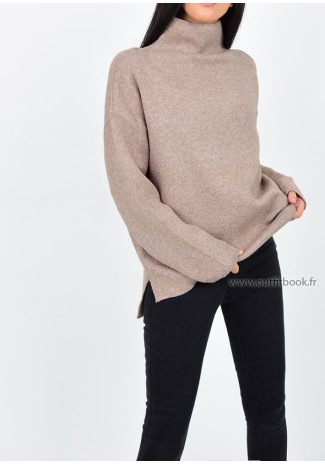 Pull avec col montant taupe