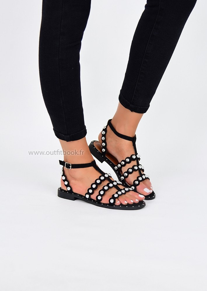 Sandals Details Black With Stud Outfitbook R4AL35jq