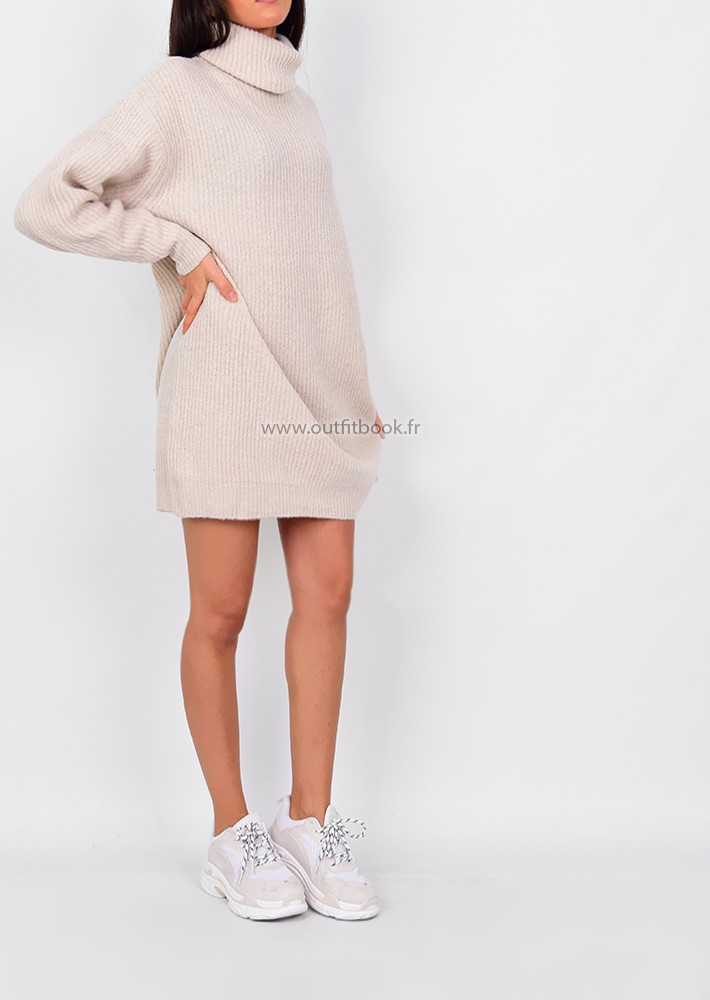 81c7b5ae51c Robe pull avec col roulé beige - OUTFITBOOK