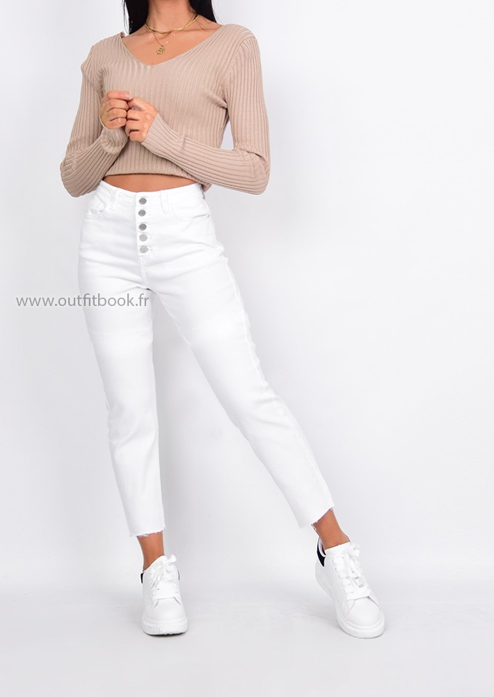eafdbecbfb White mom fit jean with buttons - OUTFITBOOK
