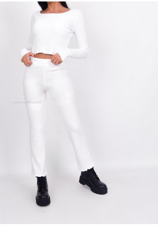 Lounge ribbed co-ord set in white