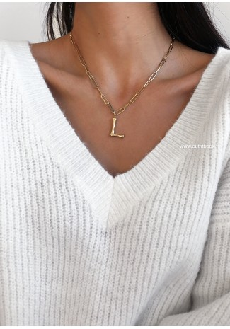Necklace with 'L' initial pendant