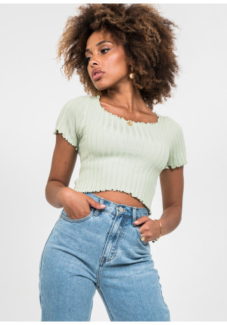 Ribbed top with lettuce edge detail in green