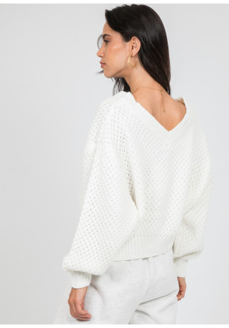 Chunky cable knit v neck jumper in white