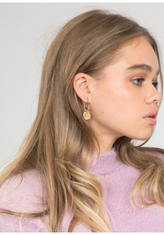 Earrings with textured coin drop in gold