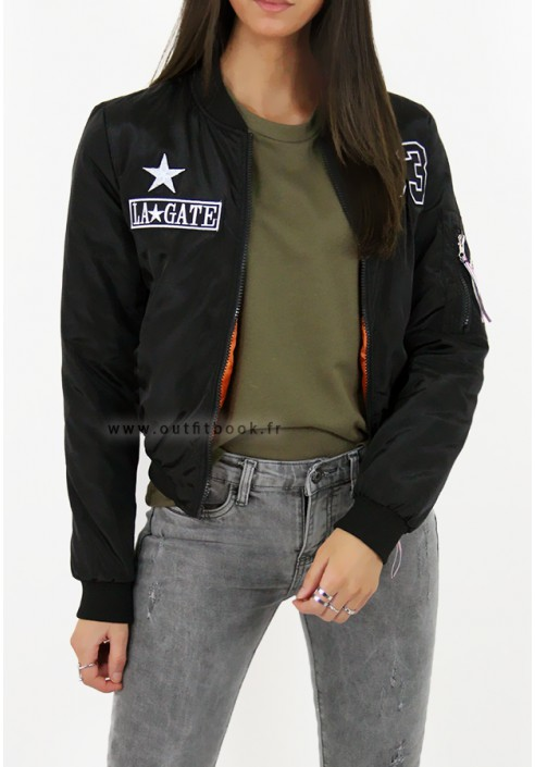 6f4adfaee Black bomber jacket with patches - OUTFITBOOK