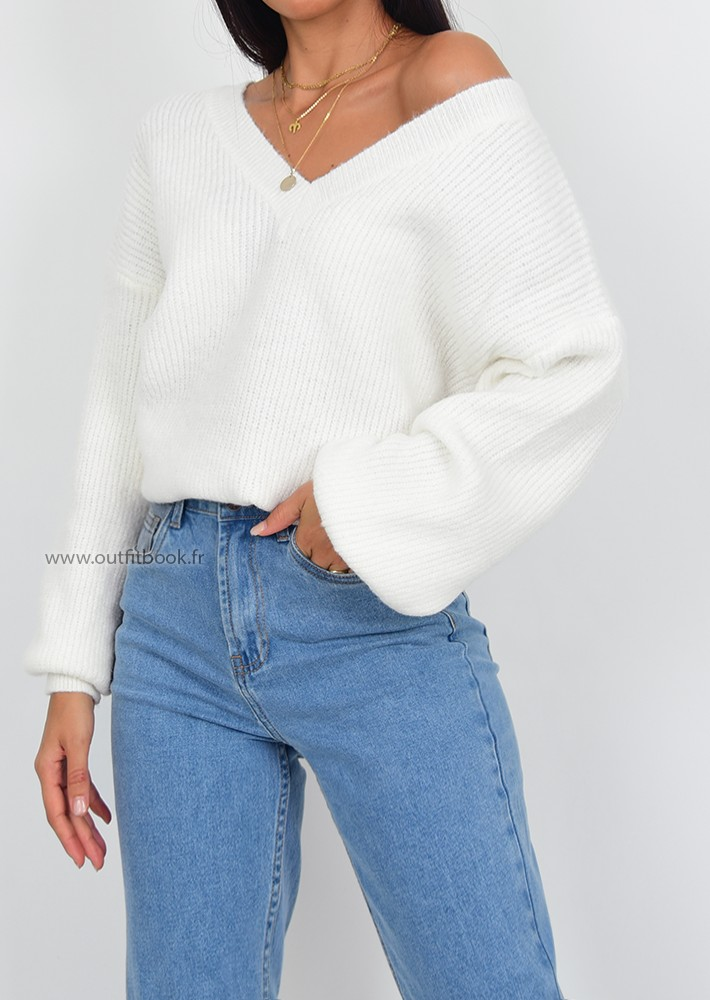 Light purple ribbed top with boat neck